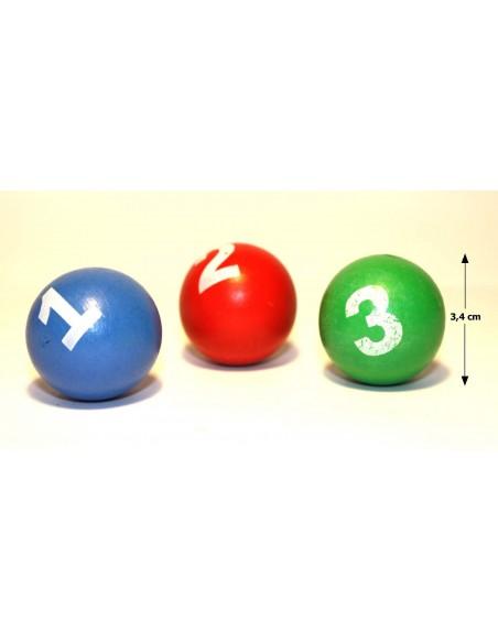 Medinis plaktukas su kamuoliukais