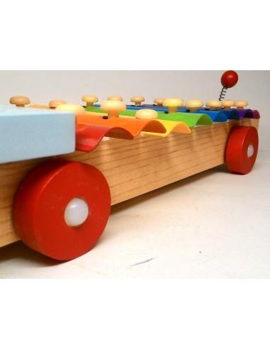 Vaikiškas, žaislinis vairas į masiną