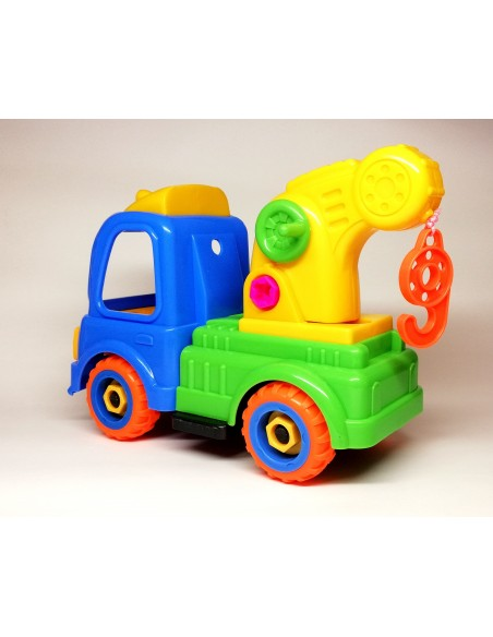 Surenkamas sunkvežimis kranas su atsuktuvu