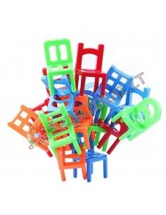 Balansinis stalo žaidimas su kėdėmis