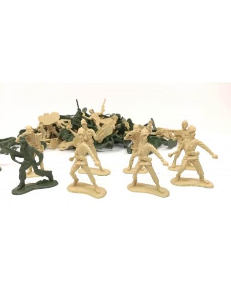 Plastikiniai kareivėliai 90 vnt.