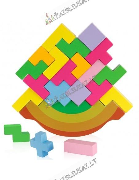 Medinis stalo žaidimas - balansinis tetris