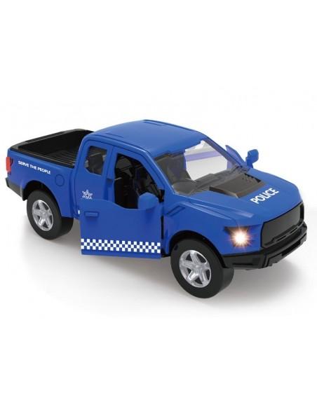 Policijos mašina su garažu