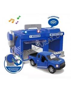 Policijos garažas, nuovada, racija, sirenos ir mašina su garsais