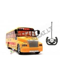 Radijo bangomis valdomas mokyklinis autobusas