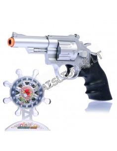 Lazerinis pistolėtas su taikiniu