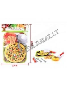 Pjaustomas kavinės maistas tortas arba pica