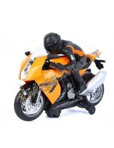 Žaislinis motociklas su motociklininku