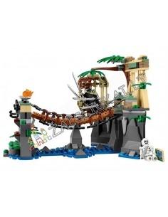 """Analogas LEGO Konstruktorius Ninja """"Mūšis prie Garmadono"""" 320 dalių"""