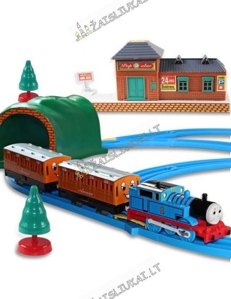 Žaislinis traukinys su bėgiais